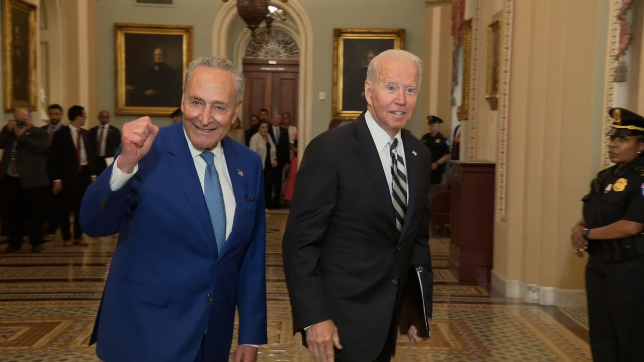 Schumer: Proposed infrastructure deal would bring jobs, billions in funding for New York projects